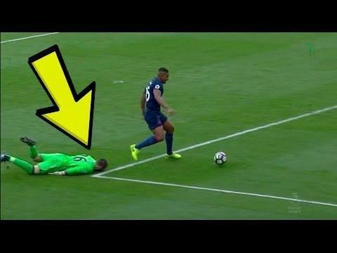 المغرب اليوم  - شاهد أغبى حارس في تاريخ كرة القدم