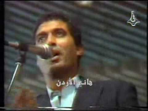 المغرب اليوم  - شاهد الراحل أحمد زكي يقلد العندليب ورشدي وشفيق جلال