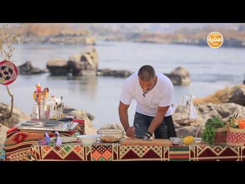 المغرب اليوم  - شاهد طريقة تحضير شوربة جمبري بلبن جوز الهند وسلطة الحمص