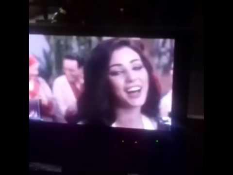 المغرب اليوم  - بالفيديو ابتسام تسكت تغني مقدمة الخاوة الرمضاني