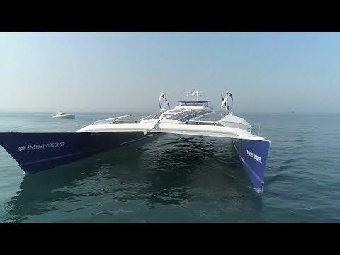 المغرب اليوم  - شاهد أول قارب صديق للبيئة يعمل بالطاقة الشمسية