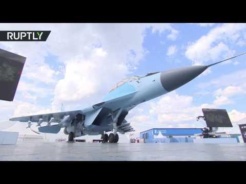 المغرب اليوم  - شاهد الكشف عن مقاتلة حديثة في معرض ماكس للطيران