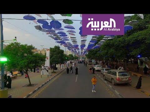 المغرب اليوم  - شاهد 30 ألف زائر يوميًا لشارع الفن في أبها