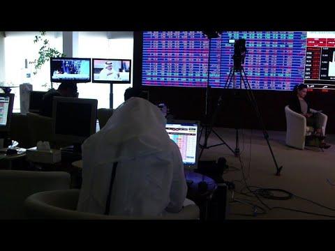 المغرب اليوم  - شاهد الأزمة الخليجية تضعف اقتصاد قطر ولا تسقطه