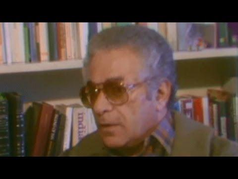 المغرب اليوم  - شاهد لقاء نادر للكاتب الراحل أنيس منصور