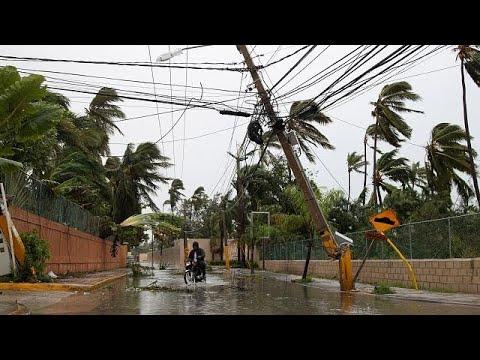 المغرب اليوم  - شاهد ارتفاع حصيلة ضحايا إعصار ماريا إلى رقم ضخم