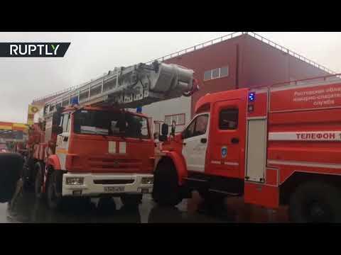 المغرب اليوم - شاهد حريق هائل في مجمع تجاري قرب روستوف الروسية