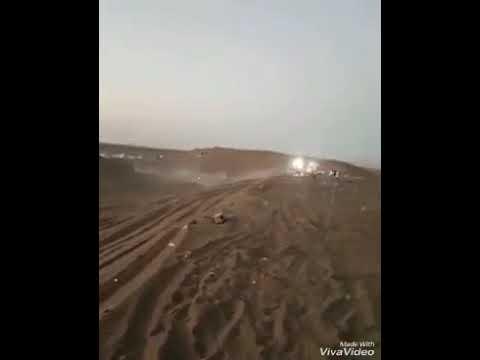 بالفيديو سيارة مسرعة تدهس مجموعة شباب
