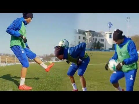 فيديو اللاعب المتميز أمين حاريث يغازل الكرة باحترافية