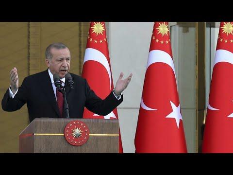 شاهدأردوغان يحذّر واشنطن ويهدد بالبحث عن أصدقاء وحلفاء جدد لبلاده
