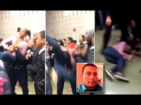 المغرب اليوم  - شاهد لحظة اعتداء شرطي على طالبة وطرحها أرضًا