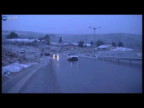 المغرب اليوم  - شاهد تساقط للثلوج في العديد من ولايات الوطن