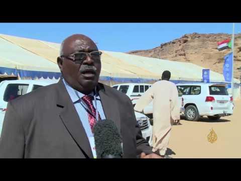 المغرب اليوم  - شاهد مهرجان للسياحة والتسوق على جبل البركل في السودان