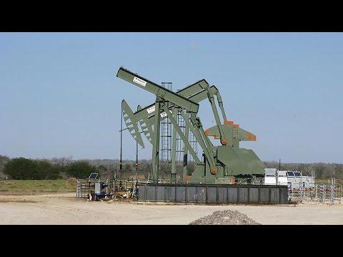 المغرب اليوم  - شاهد تراجع أسعار النفط وسط شكوك بشأن تمديد اتفاق أوبك