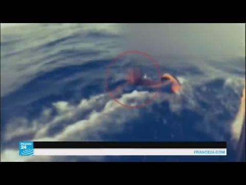 المغرب اليوم  - بالفيديو إنقاذ آلاف المهاجرين من الغرق في البحر المتوسط