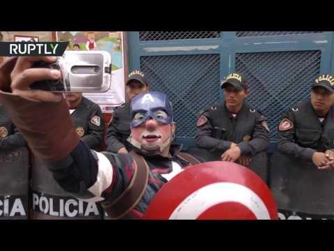 المغرب اليوم  - شاهد احتفالات في شوارع بيرو