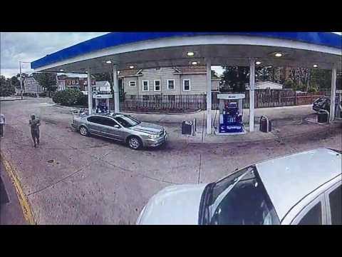 المغرب اليوم  - بالفيديو كاميرا مراقبة ترصد لحظة سرقة سيارة