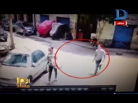 المغرب اليوم  - طالب يقوم بتشويه وجه زميله بالمطواه أمام المارة