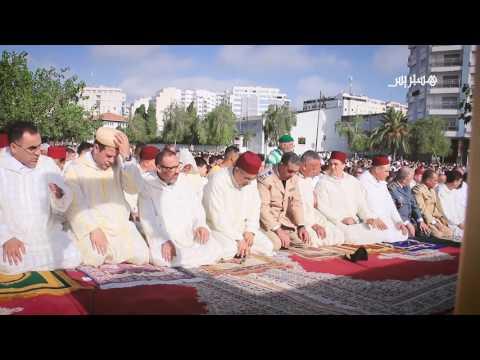المغرب اليوم  - شاهد أجواء صلاة العيد في طنجة