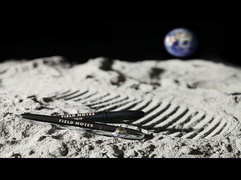 المغرب اليوم  - شاهد ناسا أنفقت ملايين الدولارات في اختراع قلم يكتب في الفضاء