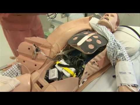 المغرب اليوم  - شاهد روبوتات بشرية لتدريب الأطباء والممرضين