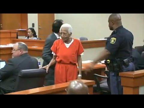 المغرب اليوم  - شاهد محاكمة سيدة تبلغ 86 عامًا بتهمة السرقة