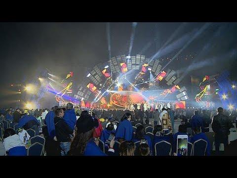 المغرب اليوم  - شاهد مهرجان للنجوم الآسيوية في ألماتي