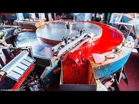 المغرب اليوم  - شاهد جولة ممتعة داخل مصانع أقلام الرسوم الملوّنة