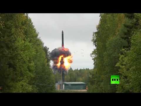 المغرب اليوم  - شاهد روسيا تطلق صاروخًا باليستيًا برأس متشظ عبر كامل أراضيها