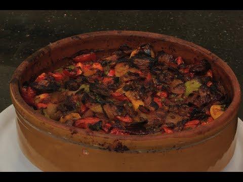 المغرب اليوم  - شاهد طريقة إعداد وطهي طاجن السمك البياض