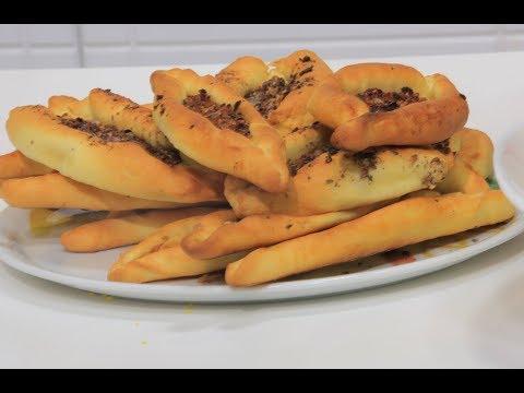 المغرب اليوم  - بالفيديو  طريقة إعداد فطائر بالزعتر والسماق