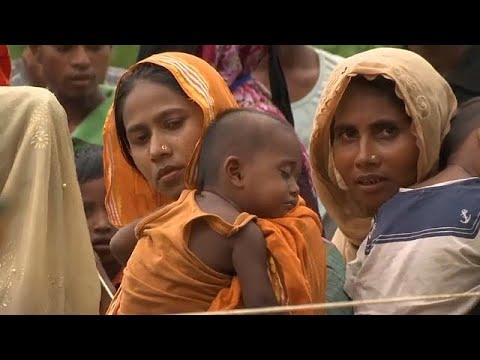 المغرب اليوم  - شاهد لاجئو الروهينغا ينتظرون معونات الإغاثة في بنغلادش