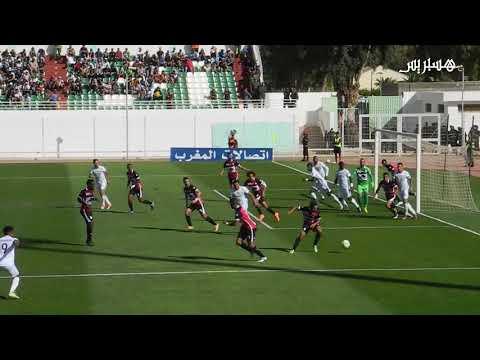 المغرب اليوم  - شاهد فيديو لأجواء مباراة أولمبيك خريبكة وسريع وادي زم