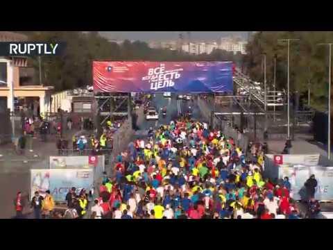 المغرب اليوم  - شاهد ماراثون موسكو 2017 يجذب 30 ألف مشارك