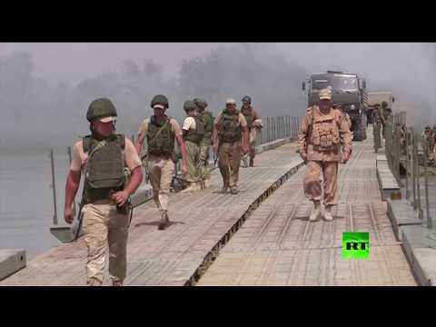 المغرب اليوم  - القوات الروسية تفتتح جسرًا عسكريًا وإنسانيًا فوق الفرات قرب دير الزور