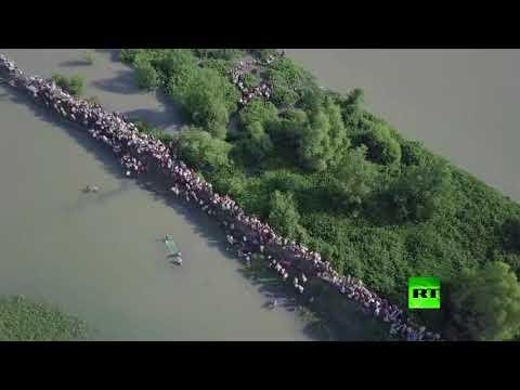 المغرب اليوم - شاهد طائرة من دون طيار تراقب نزوح الآلاف من الروهينغا من ميانمار