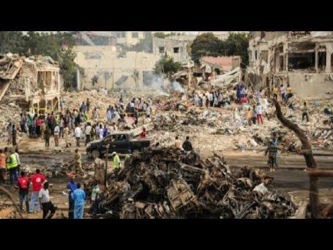 المغرب اليوم - شاهد ارتفاع حصيلة اعتداء مقديشو إلى 137 قتيلاً على الأقل