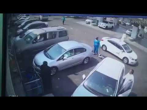 نجاة 3 أشخاص من الدهس بالسعودية