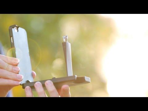 «كفر» هاتف يخفي خاتم الخطوبة يثير ضجة على الإنترنت