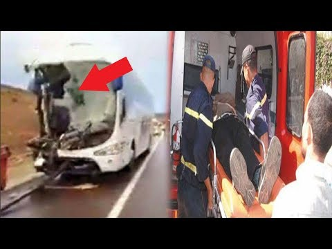 اصطدام عنيف بين حافلة لنقل المسافرين وشاحنة