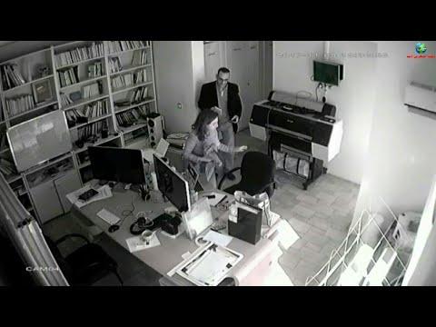 شاهد لحظة سرقة رجل لجهاز كمبيوتر محمول من داخل شركة مغربية