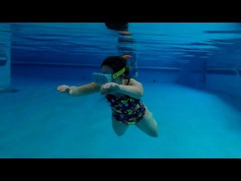 شاهد نظارات الواقع الافتراضى ولكن تحت الماء