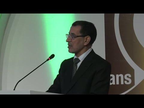 شاهد رئيس الحكومة المغربية يؤكد العمل على تقليص العجز السكني
