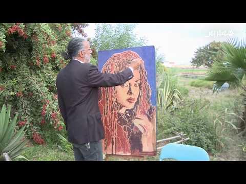 بالفيديو فنان تشكيلي تونسي يبدع في الداخلة