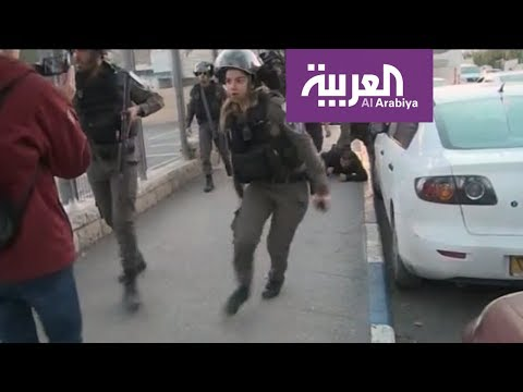 شاهد الجيش الإسرائيلي يمنع فريق العربية من التصوير