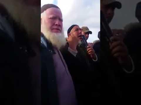 شاهد موعظة مؤثرة في مقبرة لعبد العزيز الفشتاوي
