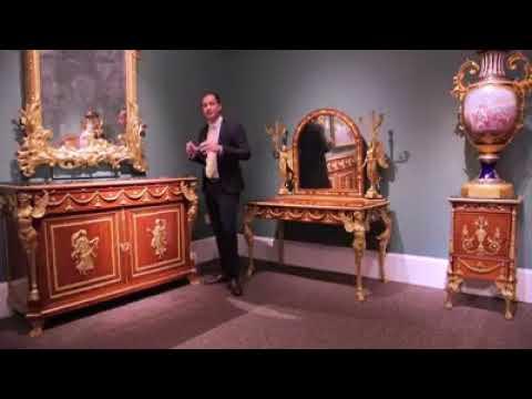 شاهد  معرض أميركي يعرض غرفة نوم الملك فاروق المسروقة للبيع
