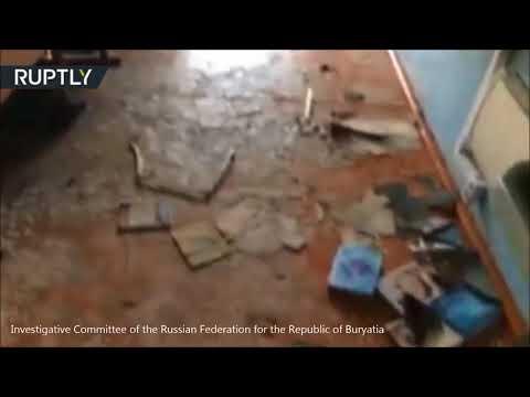 شاهد تلميذ في الصف الـ9 يهاجم زملاءه بالفأس شرق روسيا