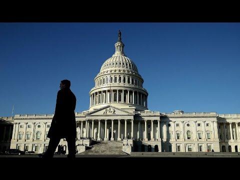شاهد شلل الحكومة الفدرالية الأميركية يدخل حيز التنفيذ