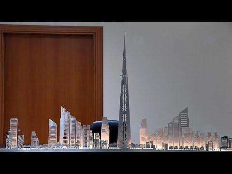 شاهد مواصلة بناء أطول برج في العالم رغم اعتقال بعض المقاولين